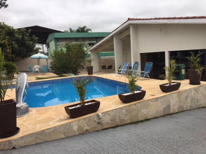 Linda Casa no Centro de Jarinu SP