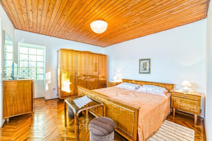 """""""612-3"""" Apartment for 4 people - Rabac - アパート"""