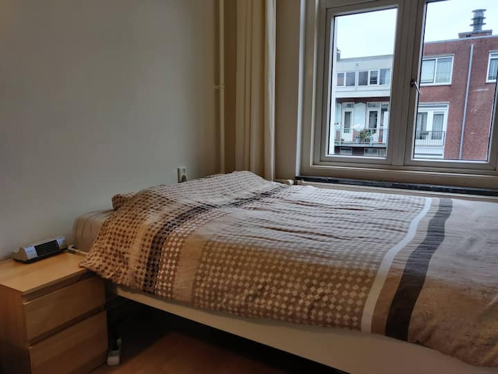 Sunny apartment in city center of Amsterdam