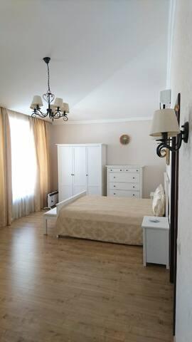 Спальня №1