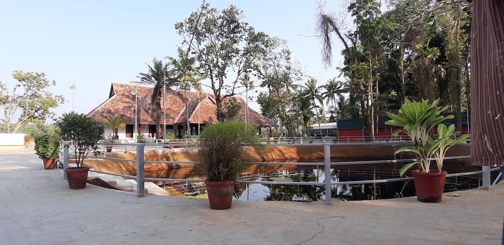 ATS Alleppey Old Lake House