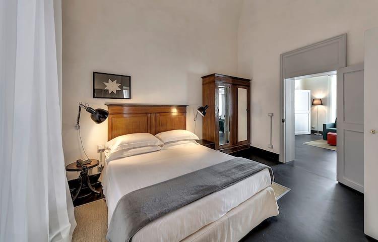 "Suite 2 camere ""I Melfi"" - Comiso - House"
