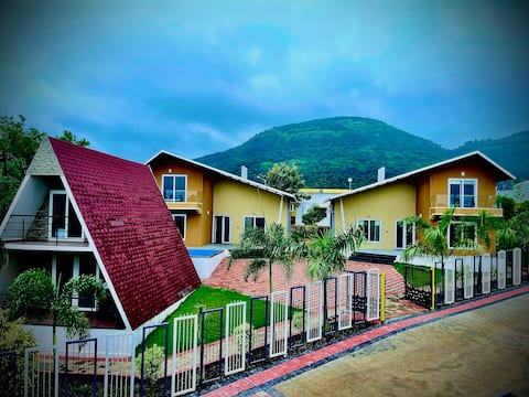 Elegant Villa's with pool in  Pune & Lonavala