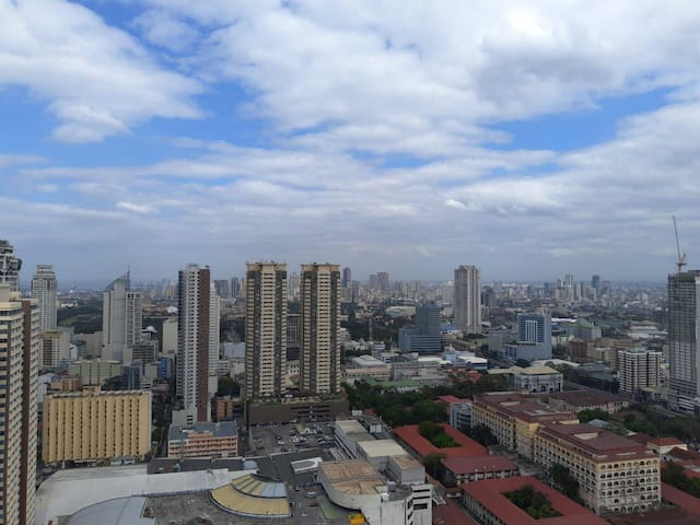 MALATE views of Manila Makati & Pasay + Fast Wifi