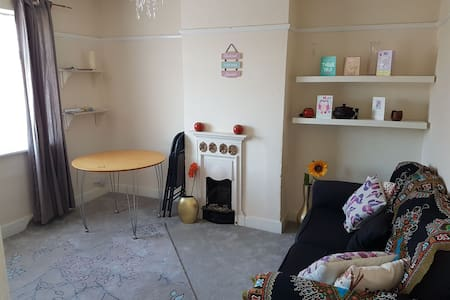 Beautiful 1 bed flat - Bushey - Wohnung