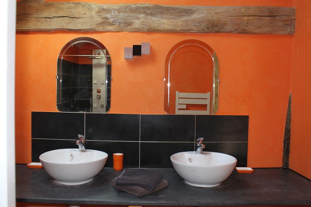 salle d'eau double vasques