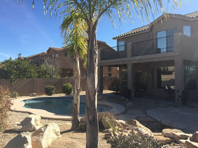 A spacious GEM in Tucson with pool!