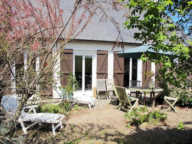 95 m² holiday house for 6 persons in Trévou-Tréguignec/Trestel - Trévou-Tréguignec/Trestel - House