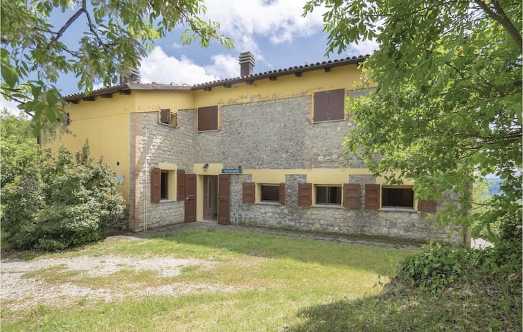 Holiday apartment with 1 bedroom on 40m² in Monterenzio BO