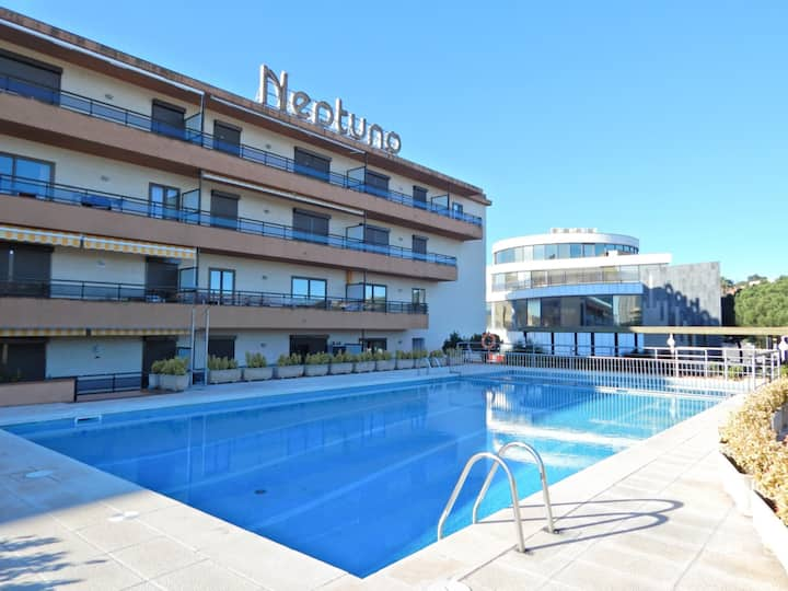 Book apartment in Playa de Aro with communal pool and 2 bedrooms