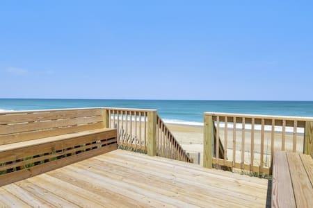 5050 Sea Haven * Oceanfront * Walk to Restaurant & Avalon Pier