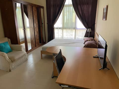 Spacious and fully equipped room in a lovely Villa