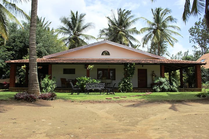 A forest house fo'rest' - Masinagudi - Bed & Breakfast
