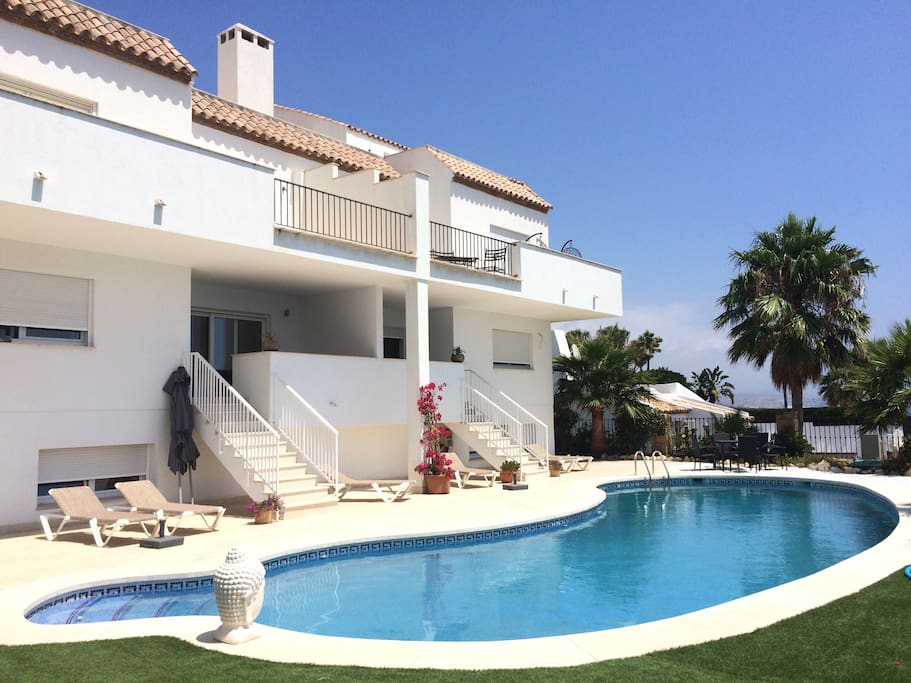 Casa Olina with saltwater pool