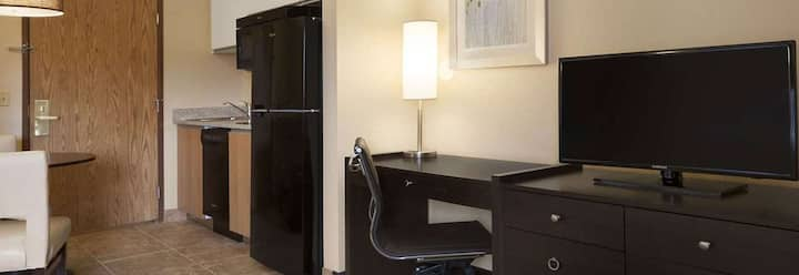 GreenTree Extended Stay, King