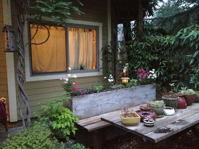Cozy River Getaway in Coloma-Lotus Valley - Placerville - Rumah