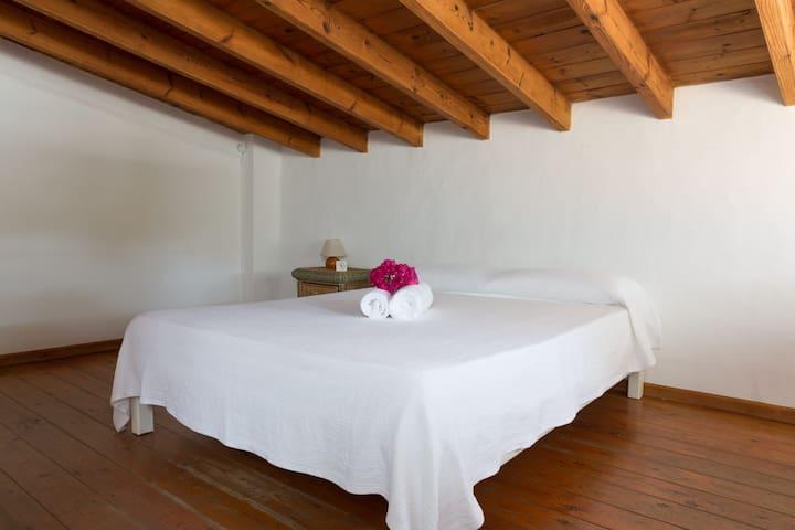 Bedroom  · Bed 150x 190