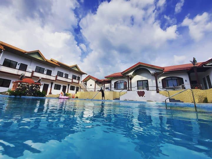 Garden Resort near Tagaytay & Sta. Rosa Room #1