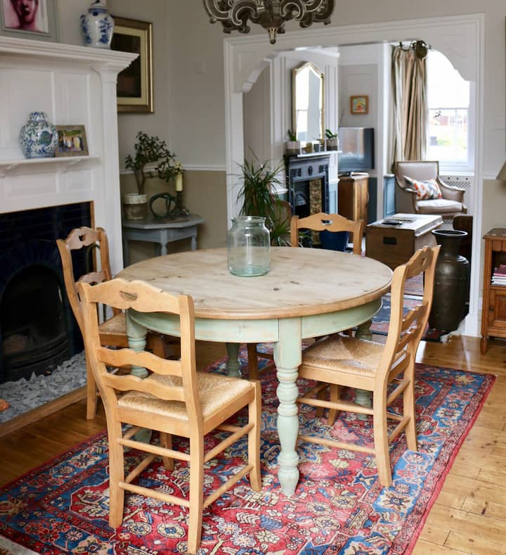 Charming Victorian terrace in central Stamford