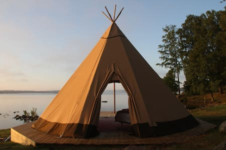 Tipi on lake Fryken