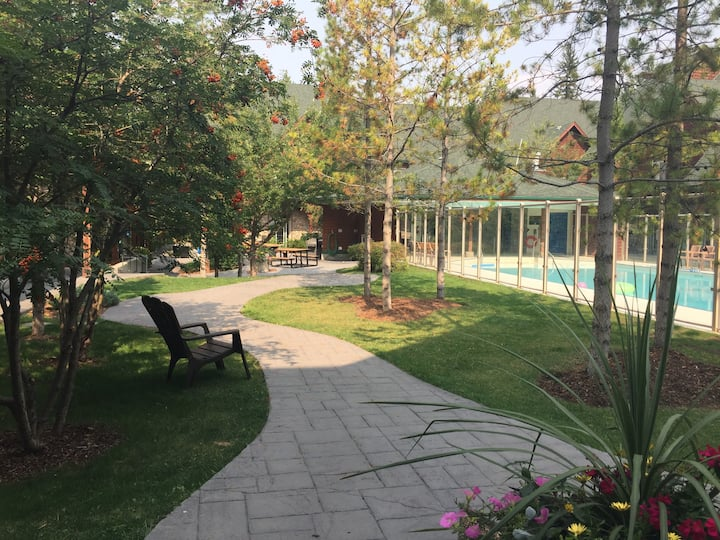 Mystic Springs Holy Chalet in Canmore