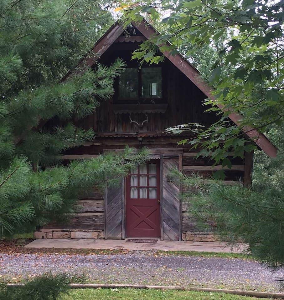 mckinley-cabin1
