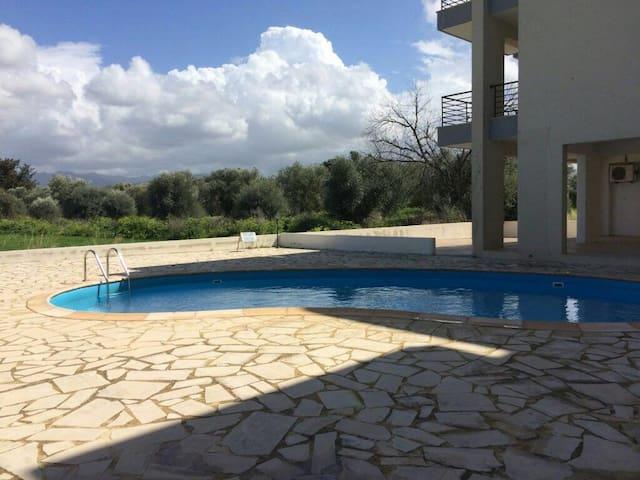 Тихий отдых в солнечном Кипре