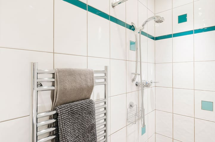 Ensuite shower room power shower and heated towel rail