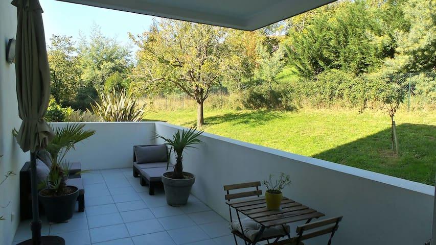 Beau deux pièces neuf et au calme - Saint-Jean-de-Luz - Apartment