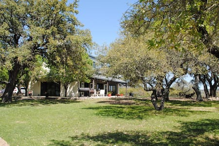 Near Wineries; Lakes; Austin; Riverwalk... - Casa