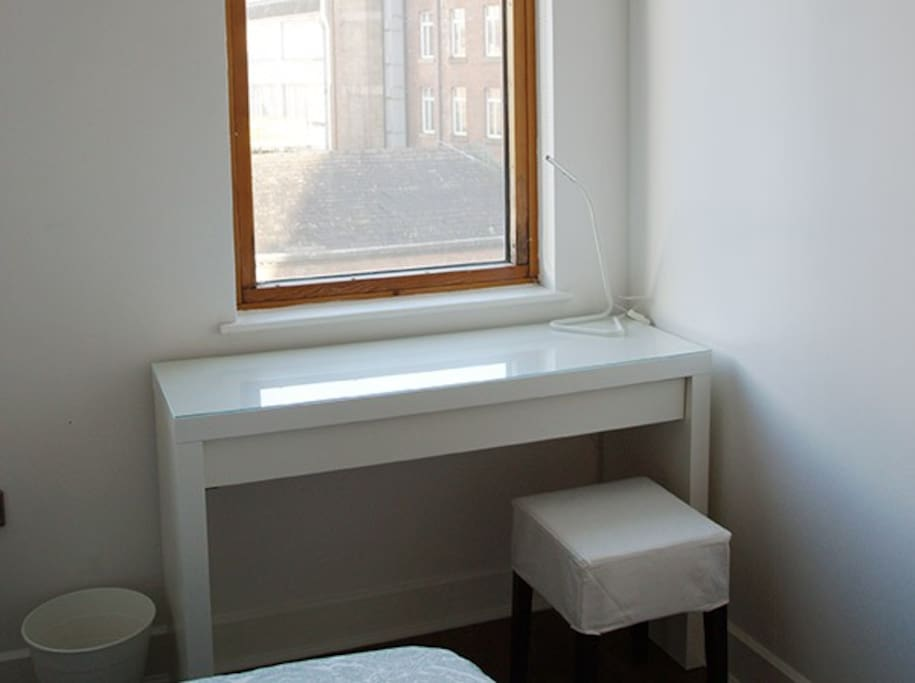 Laptop friendly space/dressing table