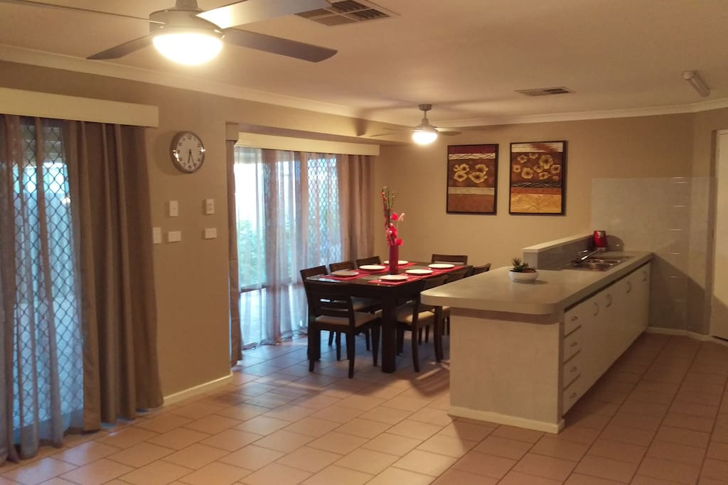 The Quiet Family Getaway In Bassendean Houses For Rent