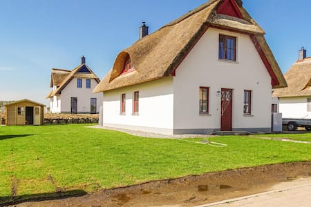Holiday cottage with 2 bedrooms on 98m² in Zierow
