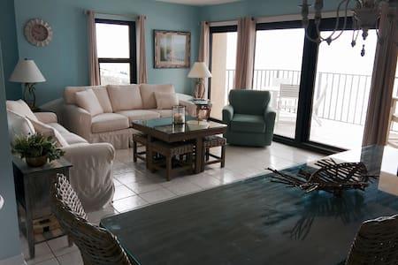 Beautiful Beachfront Retreat with Beach service - Perdido Key - Кондоминиум