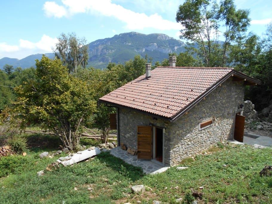 Taccio lilu baita di montagna cabins for rent in ormea for Piani di log cabin lodge