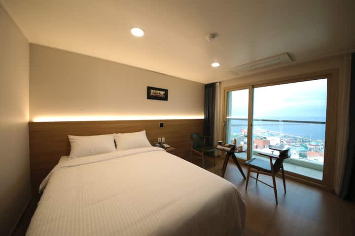 Double room with harbor view-Harbor Hotel Jeju