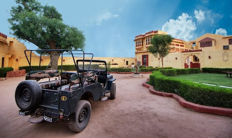 Luxurious Stay near Jawai Bandh
