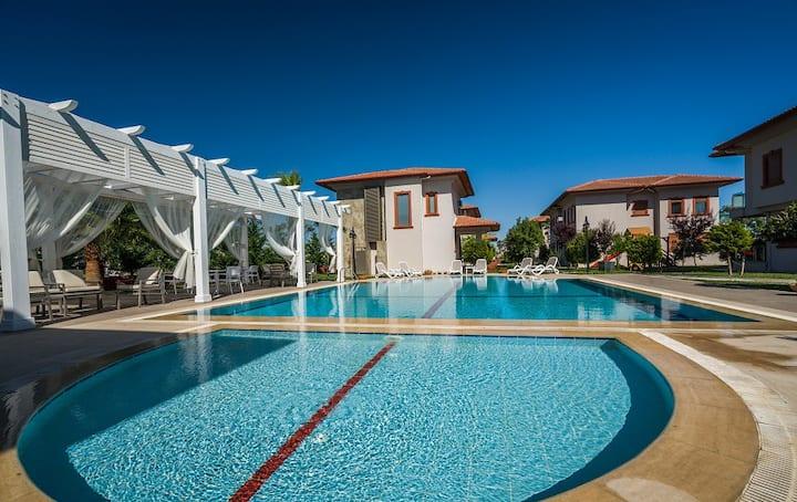 Villa Vista, 1+1 Suite with Central Location