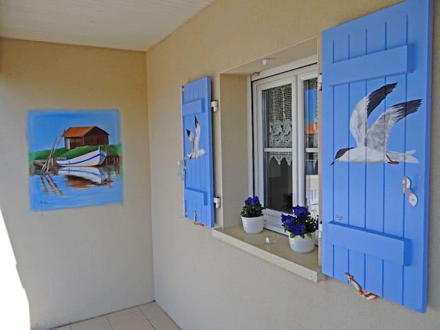 """Villa Solyn""   Villa  d'Artiste a 2 pas de la Mer - Meschers-sur-Gironde - Villa"