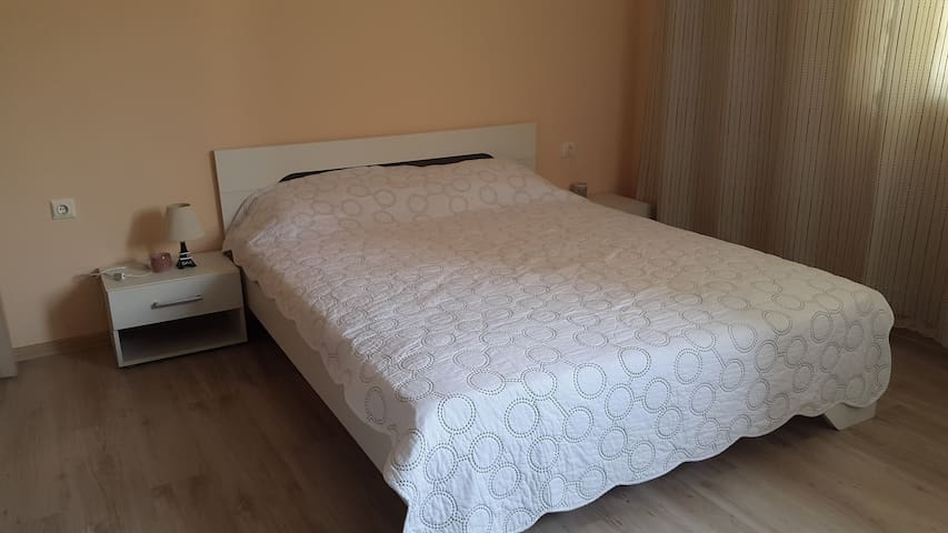 New appartment near Mall Galleria - Burgas - Apartment