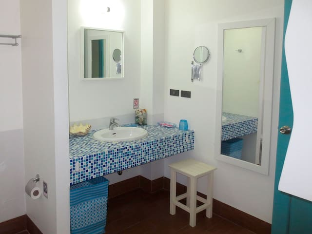 Apartment W, 50 m to the beach - Phuket - Appartement