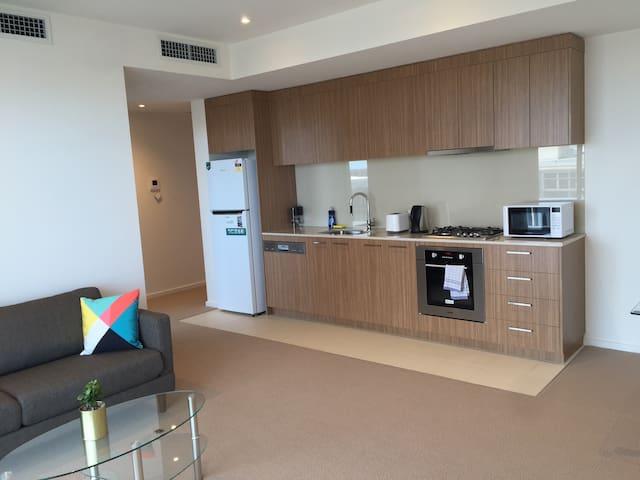 MODERN CBD APARTMENT - Adelaide - Apartament