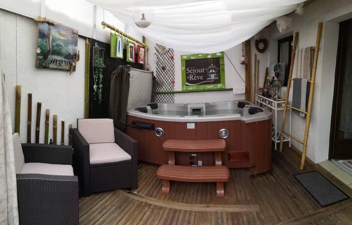 Maison avec piscine Chauffée  et Jacuzzi
