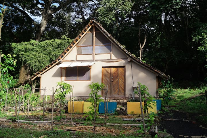 TOTOCO Farm Casitas - Balgüe - กระท่อม