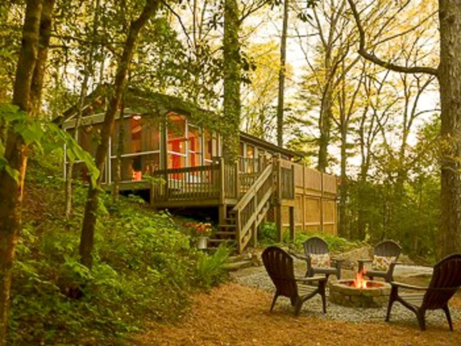 zurich cottage h user zur miete in franklin north carolina vereinigte staaten. Black Bedroom Furniture Sets. Home Design Ideas