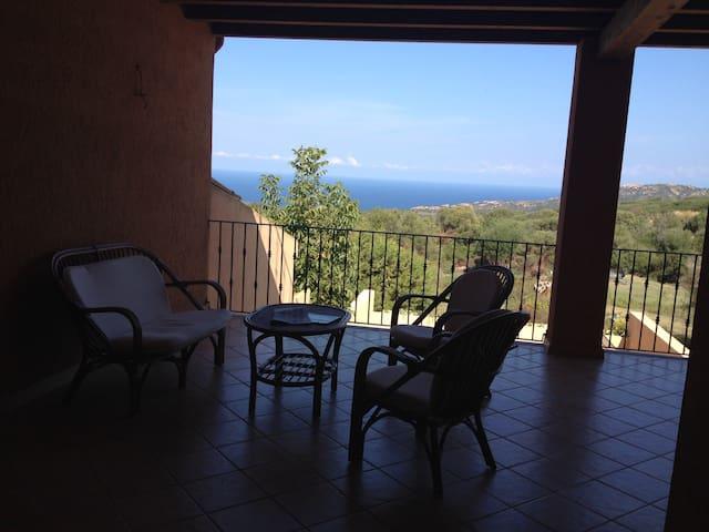 Fantastico e comodo appartamento in villa Maieddu - Paduledda - Maison