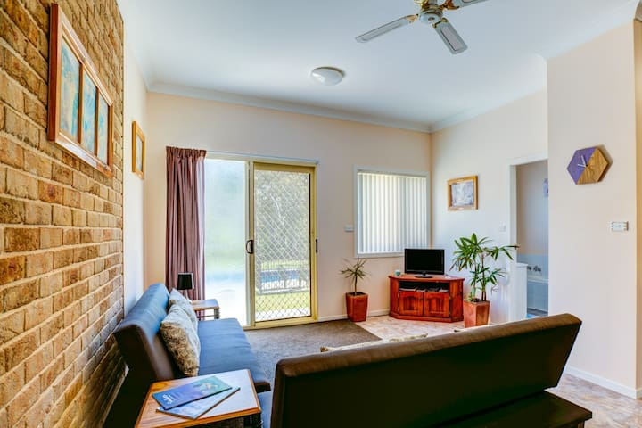 Anna's Retreat 4, sleeps 4, affordable Jervis Bay - Tomerong - Huoneisto