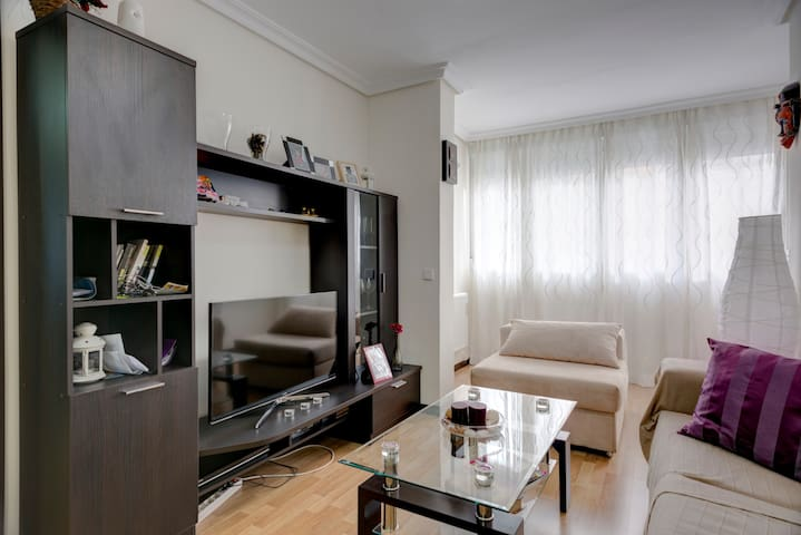 5 STARS ***** APARTMENT IN MÓSTOLES WITH WIFI - Móstoles - Leilighet