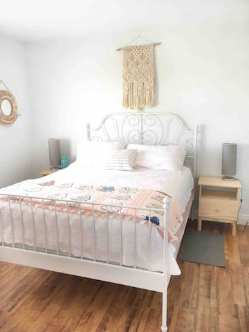 Bedroom on main floor - Queen size bed