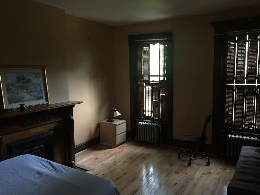 Second room, with own entrance to the bathroom